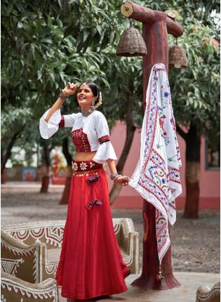 Perfect Combination Of Maroon And White Color Traditional Lehenga Choli