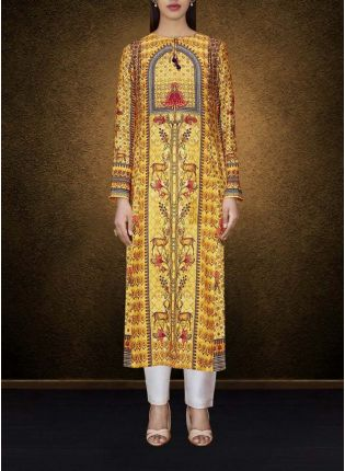 A Yellow Elegant Printed Detailed Kurta