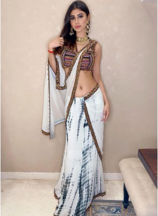 Emerald White Georgette Printed Saree With Lace Details
