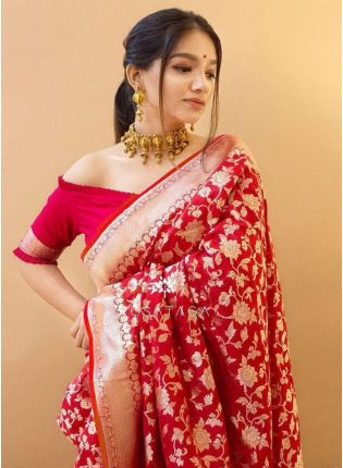 Pastel Red Bollywood Saree With Silk Weave Details